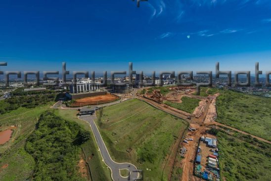 Ridgeside is an estimated 140 hectare four precinct development that is part of uMhlanga Ridge being developed by Tongaat Hulett.