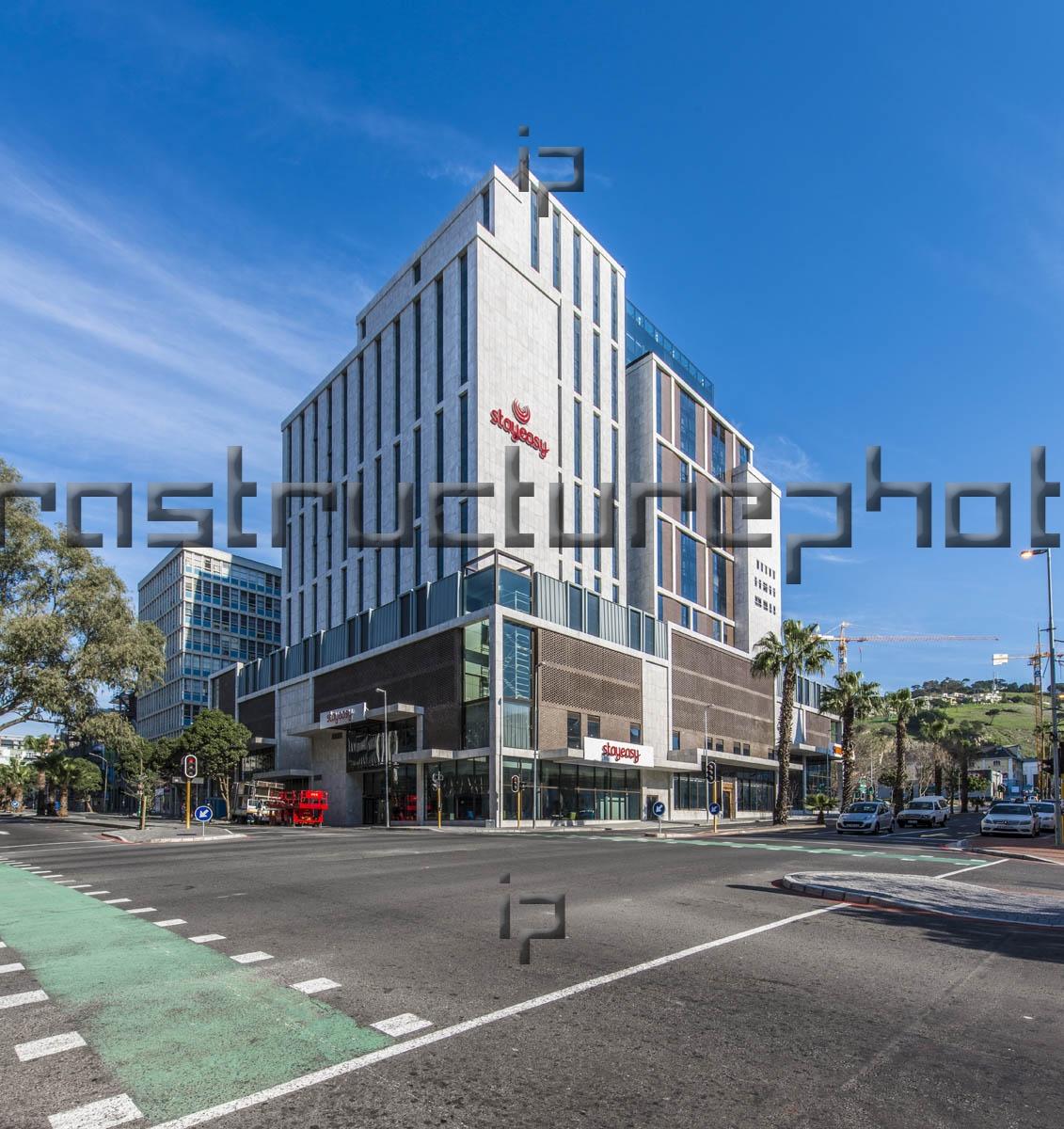 Sunsquare - Strand Street